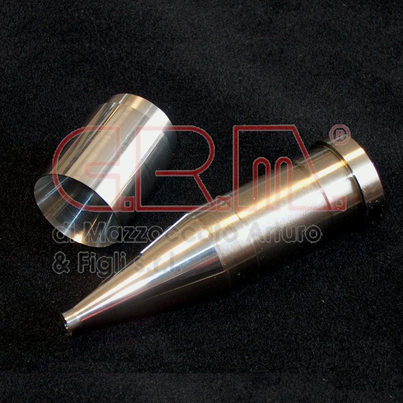 Particolari in metallo duro